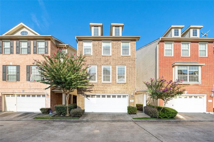2611 Enclave At Shady Acres Court
